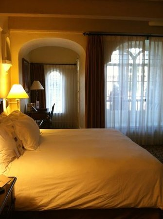 The Mission Inn Hotel and Spa: bedroom