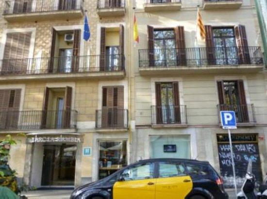 Hotel Arc La Rambla: The Hotel