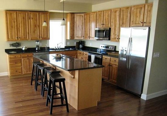 The Shoreline Resort: Kitchen