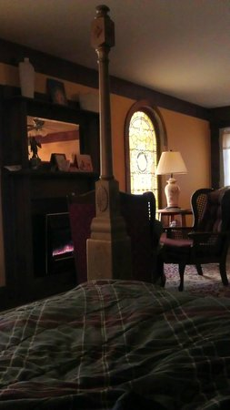 Ravenwood Castle: Cinderella's Coach House