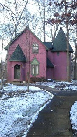 Ravenwood Castle: Fairy Tale Village - cottage 