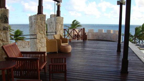Sanctuary Cap Cana by AlSol: Oceans Bar Area