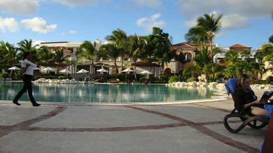 Sanctuary Cap Cana by Playa Hotels & Resorts: Pool Area