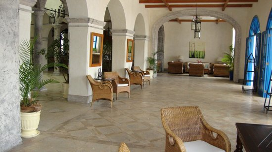Sanctuary Cap Cana by AlSol: Lobby Area