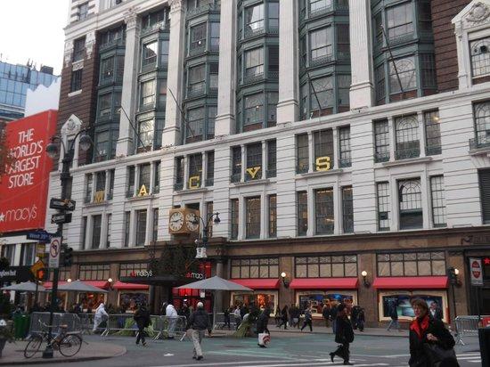 Macy's Herald Square 사진