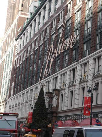 Macy's Herald Square: Macy's on 34th street