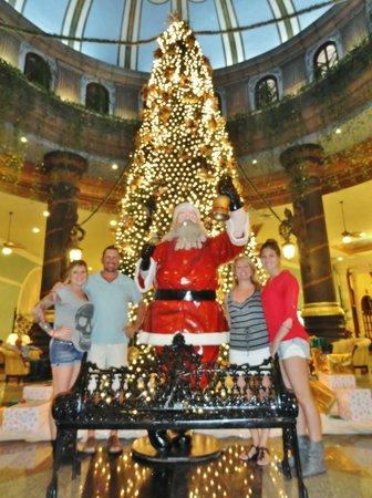 hotel riu cancun christmas in cancun