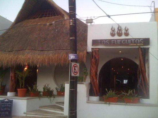 Los Fueguitos Steak House : nice front