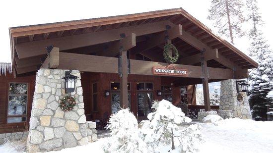 Wuksachi Lodge: Lobby von Außen