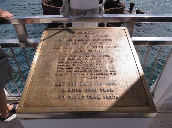 Roberts Hawaii: Pearl Harbour Tour
