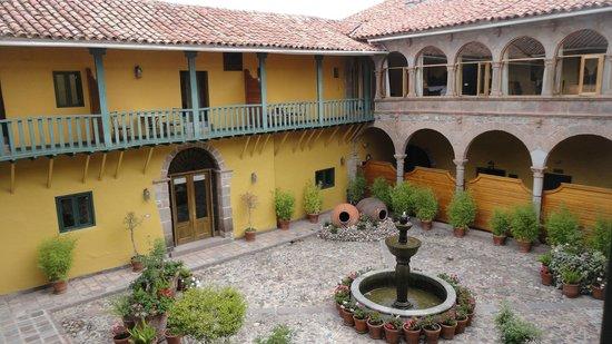 Belmond Hotel Monasterio: Patio interior vistas desde la ahbitacion