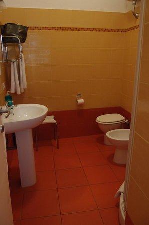 Guest Haus Praetorium: Blue Room bath