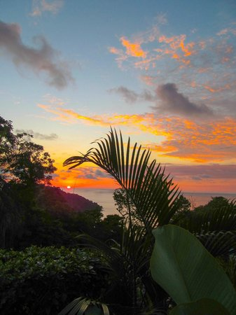 Toad Hall Hotel Arenal: Sunset