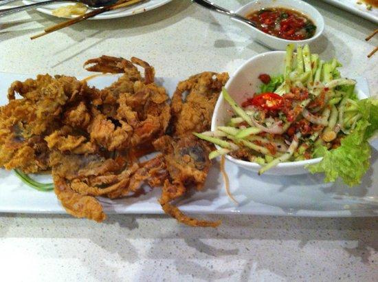 Photo of Asian Restaurant Dancing Fish at Lot T120, 121 & 122 285 Jalan Maarof, Kuala Lumpur 59100, Malaysia