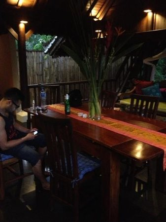 Villa di Abing: dining room 