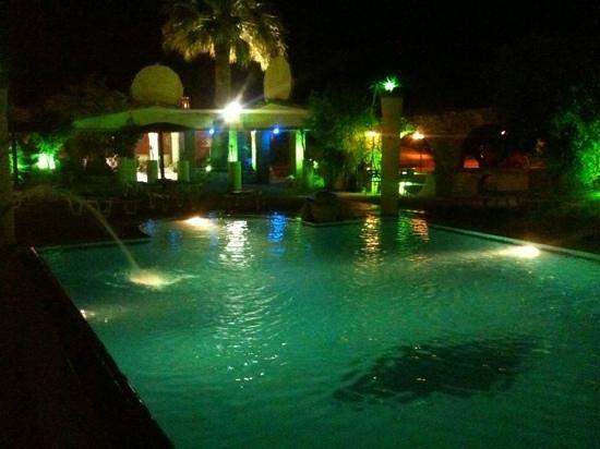 Billy's Studios : beautiful pool