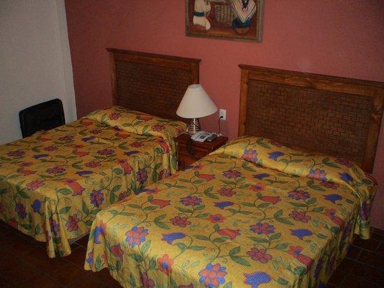 Decameron Los Cocos : Room