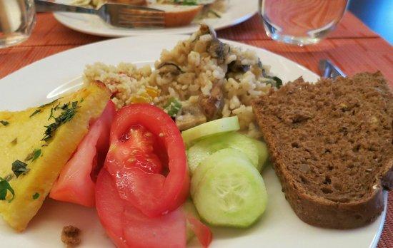 Novotel Vilnius: Rich breakfast