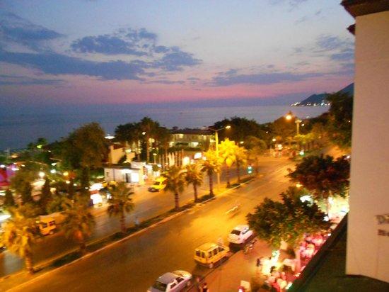 smartline Sunpark Marine : Udsigt by night