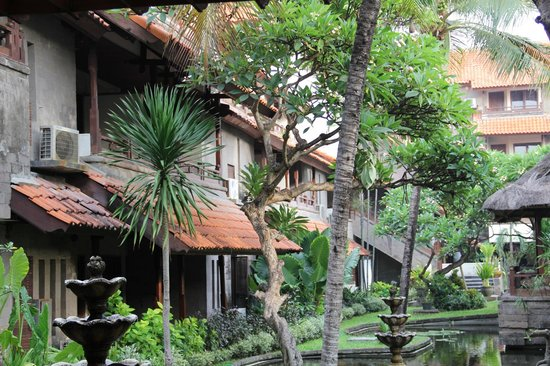 Grand Balisani Suites : coin accueil