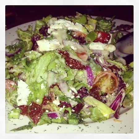 Drift Inn:                   custom salad