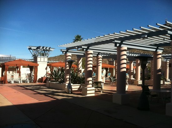 Tempe Mission Palms: Roof Top Pool Area, Great Place to Read