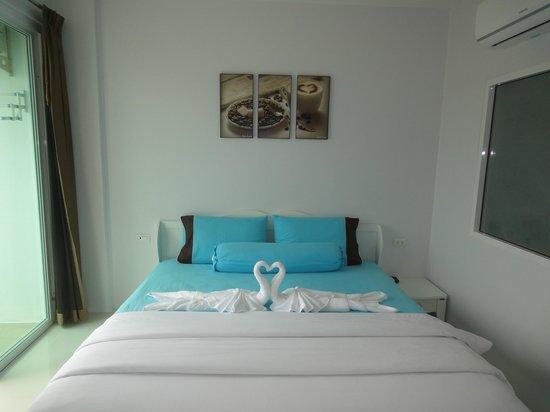 i-Kroon Cafe & Hotel: room interior