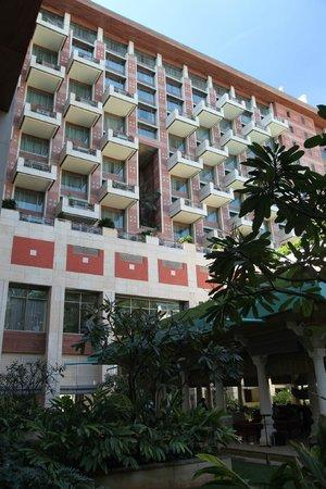 ITC Gardenia, Bengaluru: Hotel exterior