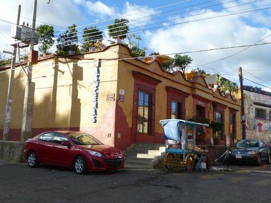 Hotel Azucenas: Blick auf das Hotel