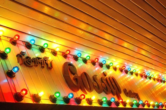 Gossip Gallery & Bar
