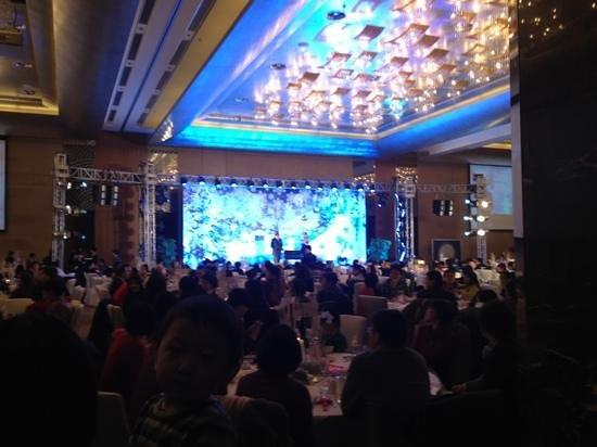Sheraton Grand Beijing Dongcheng Hotel: don't go to Sheraton if you want peace and quiet