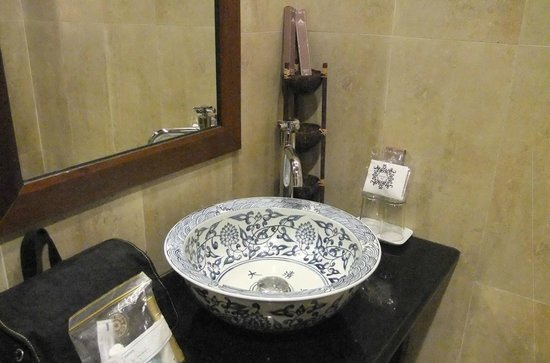 Anggun Boutique Hotel: Beautiful washbasin