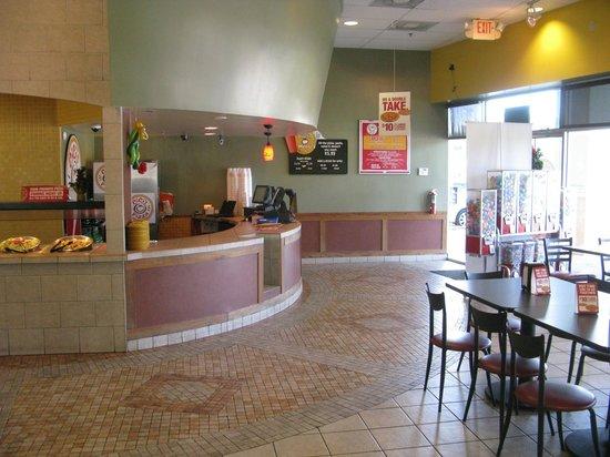 CiCi's Pizza : Inside