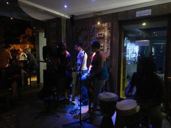 Ocean Cafe: Live Music