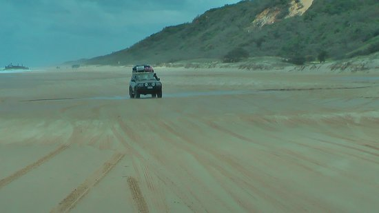 The Bay Bed and Breakfast: Fraser Island - 4WD
