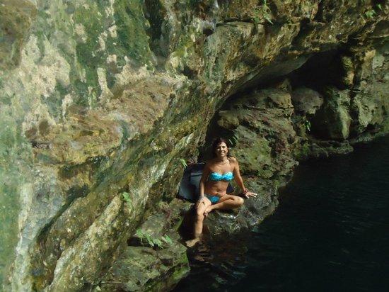 Cenote Ikil: Como una sirena en la caverna