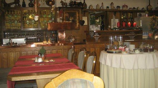 Gasthof Mangold: Cozy breakfast area