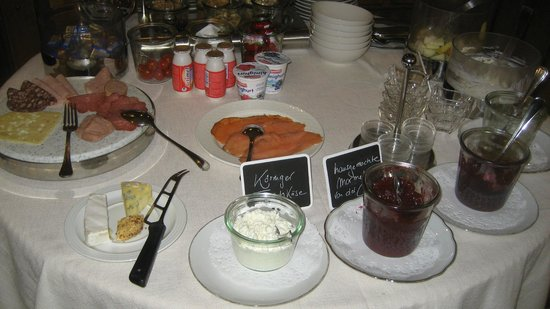 Gasthof Mangold: some of things on breakfast buffet
