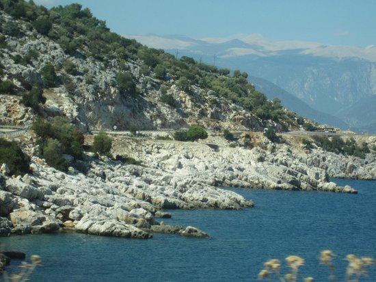 Amphora Hotel: Coastal view nearby Kas