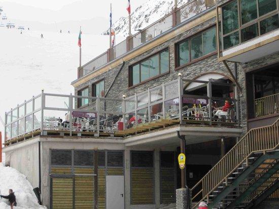 Polar Bar Restaurant: Polar bar terrace