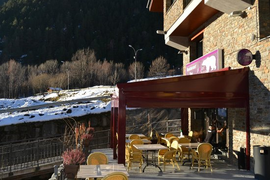Polar Bar Restaurant: Polar Base new terrace