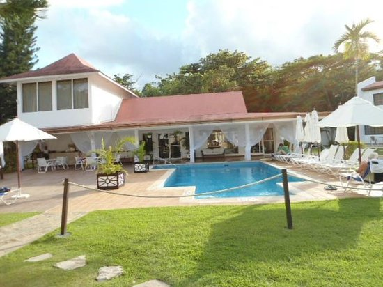 BlueBay Villas Doradas Adults Only: Pool by the Spa