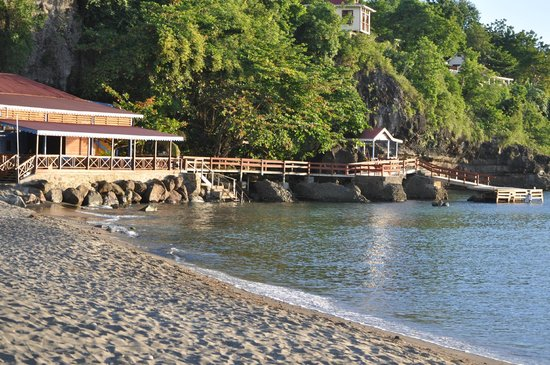 Ti Kaye Resort & Spa: beach bar / dive shop