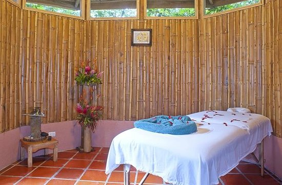 Finca Luna Nueva Lodge: Relax your body, Rejuvenate your mind