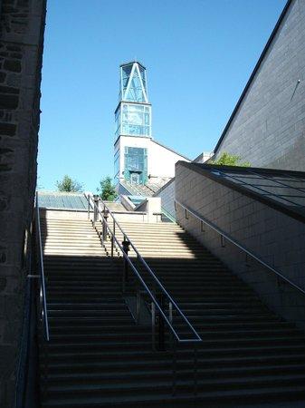Rue St.Pierre: Rue St-Pierre, Musée de la civilisation