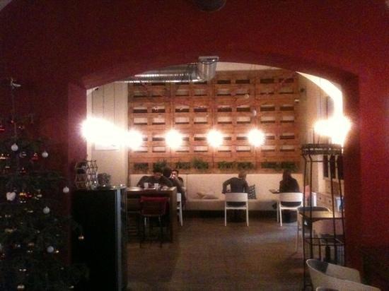 NYX Prague: salle petit déjeuner