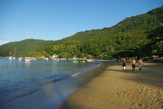 Pousada Tagomago Beach Lodge: Tago Mago est située au bout de cette plage