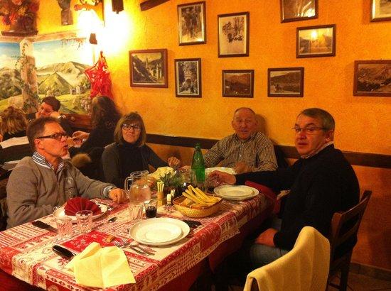 Vernante, Italy: Finalmente un agriturismo degno di questo nome, cucina ottima e veramente casalinga.