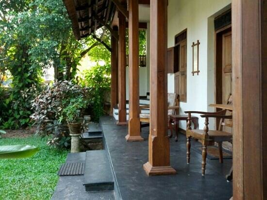 Motty's Homestay: verandah at Alleppey Motty's home stay