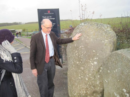 Absolute Touring: Here's Martin telling us about the two typs of stones used at Stonehenge